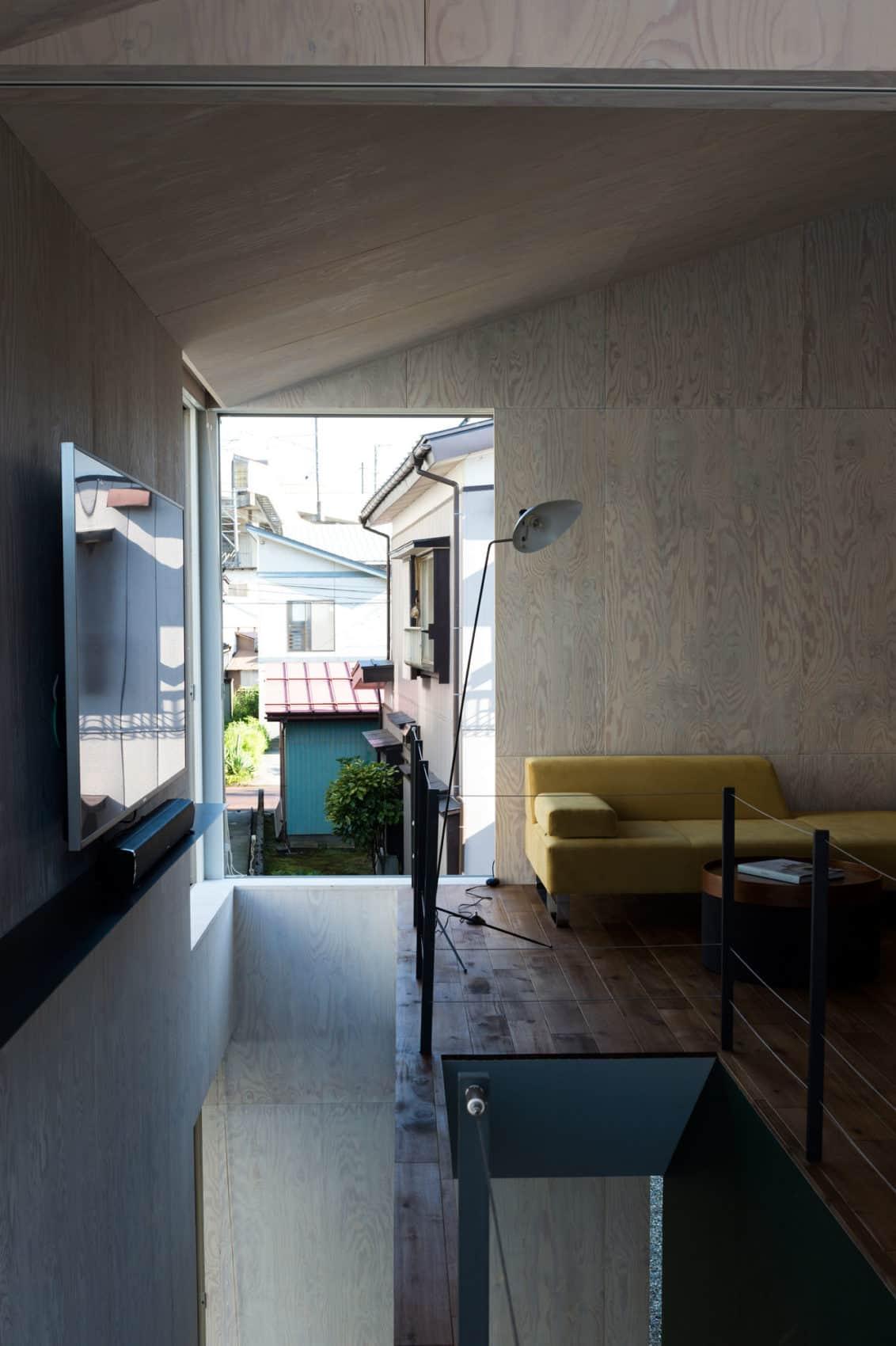 GO-BANG! House by Takeru Shoji Architects (5)