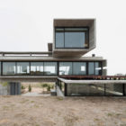 Golf House by Luciano Kruk Arquitectos (3)