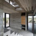 Golf House by Luciano Kruk Arquitectos (11)