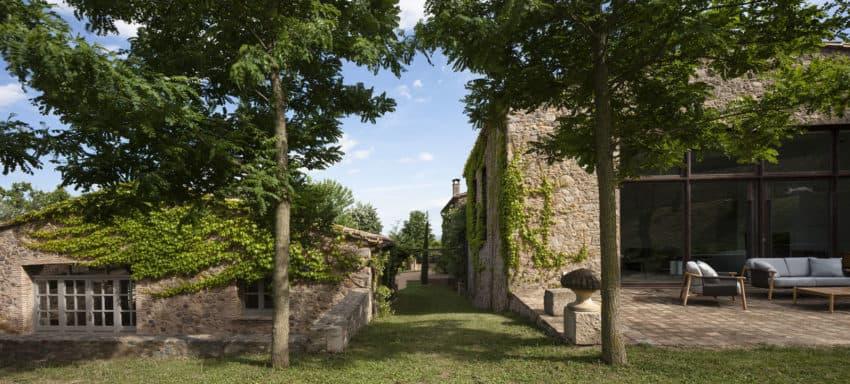 House in L'Empordà by Francesc Rifé Studio (2)