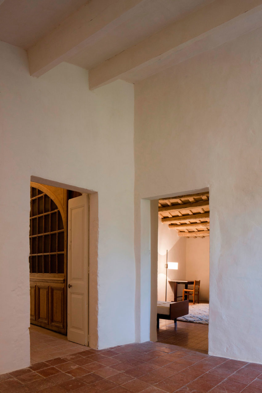 A Rustic Home Full of Art Designed by Francesc Rifé Studio