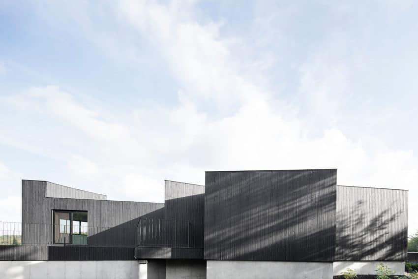 La Héronnière by Alain Carle Architecte (8)