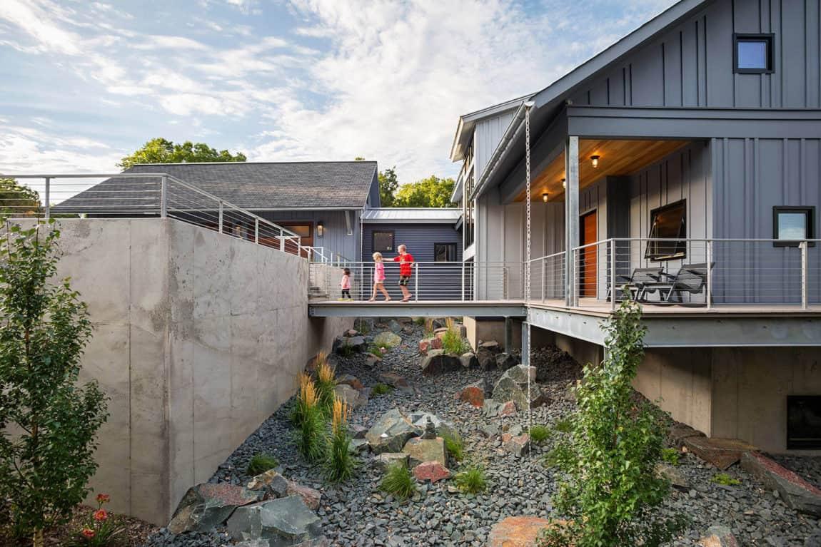 Lake Edge by Rehkamp Larson Architects & Brooke Voss (1)