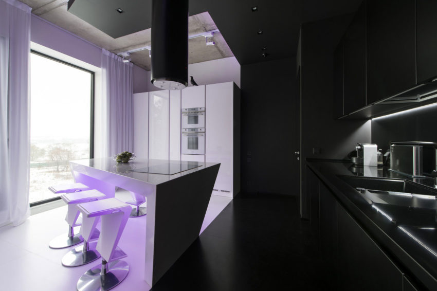 Neon Apartment in Moscow by Geometrix Design (13)
