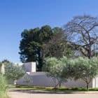 Paineira House by Bloco Arquitetos (1)