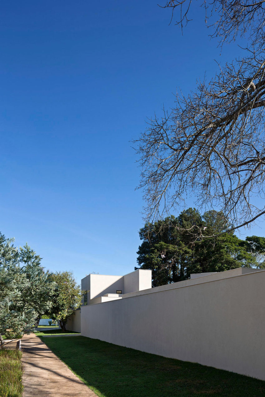 Paineira House by Bloco Arquitetos (2)
