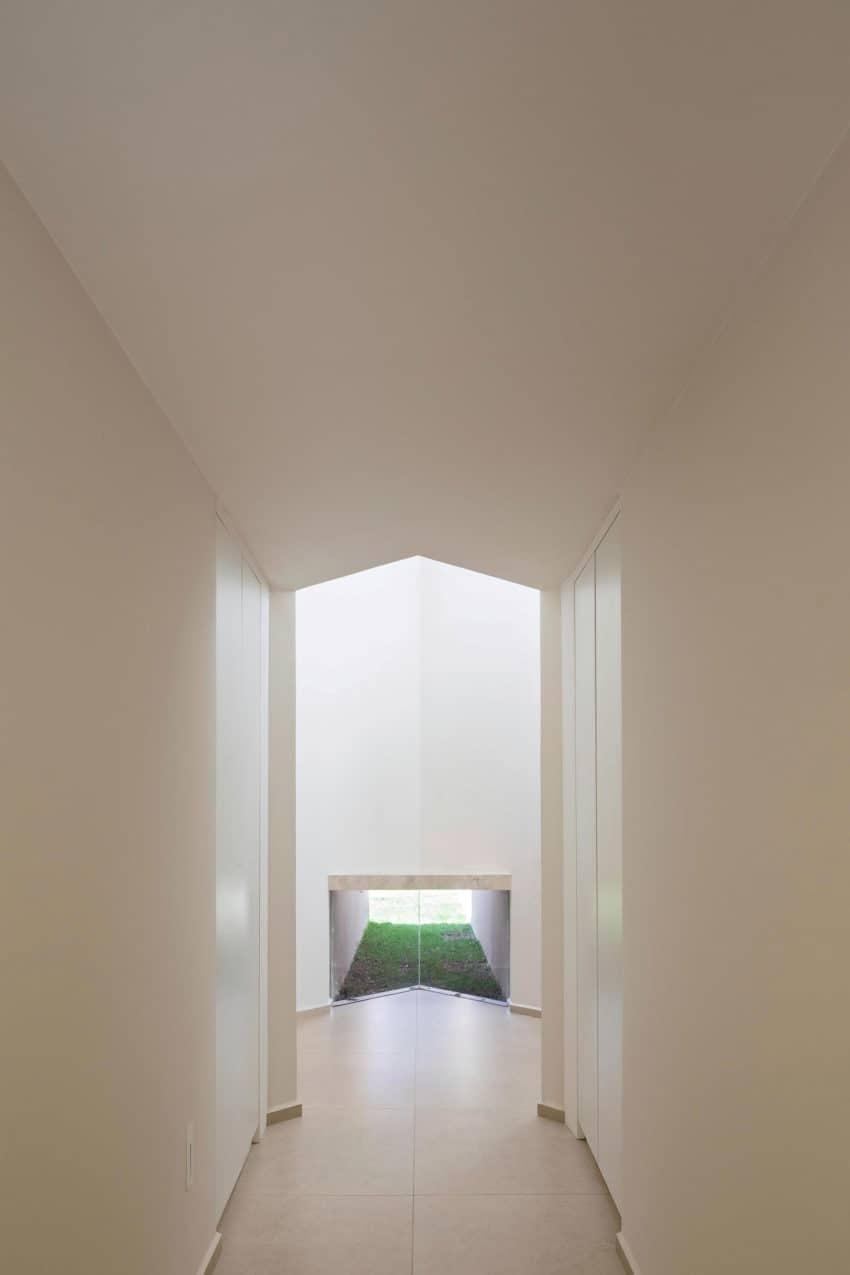 Paineira House by Bloco Arquitetos (20)