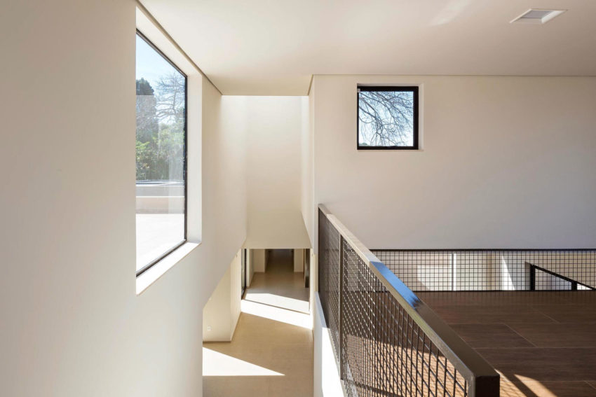 Paineira House by Bloco Arquitetos (26)