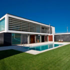 SG House by J. A. Lopes da Costa (1)