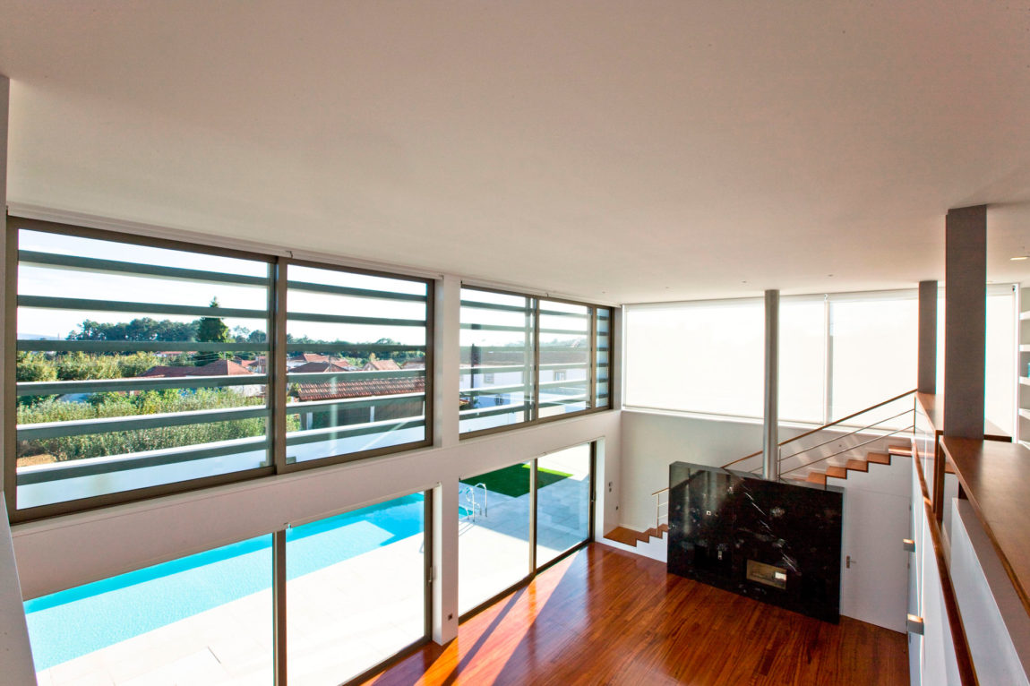 SG House by J. A. Lopes da Costa (8)