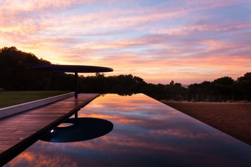 Vidalakis Residence by Swatt | Miers Architects (22)