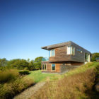 Vineyard Farm House by Charles Rose Architects (1)