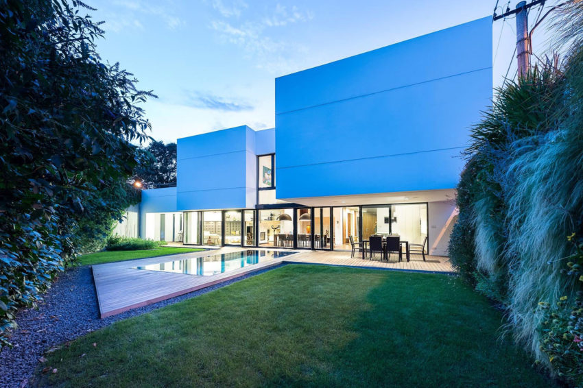 White Cubes House by at26 architecture & design (21)