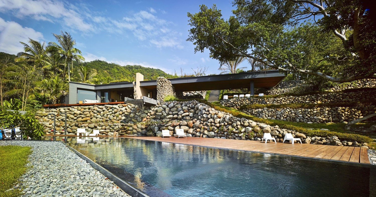 Create + Think Design Studio Build a Stunning Home with Spectacular Views in Taiwan
