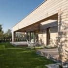 Cedar House by Mariusz Wrzeszcz Office (4)