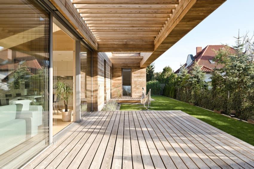 Cedar House by Mariusz Wrzeszcz Office (5)