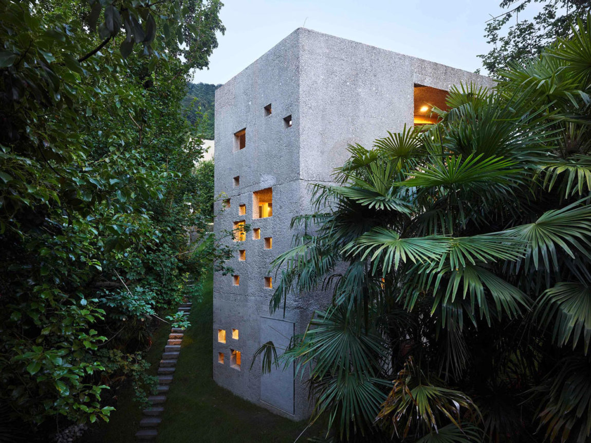 Concrete House in Caviano by Wespi de Meuron Romeo Arch (17)