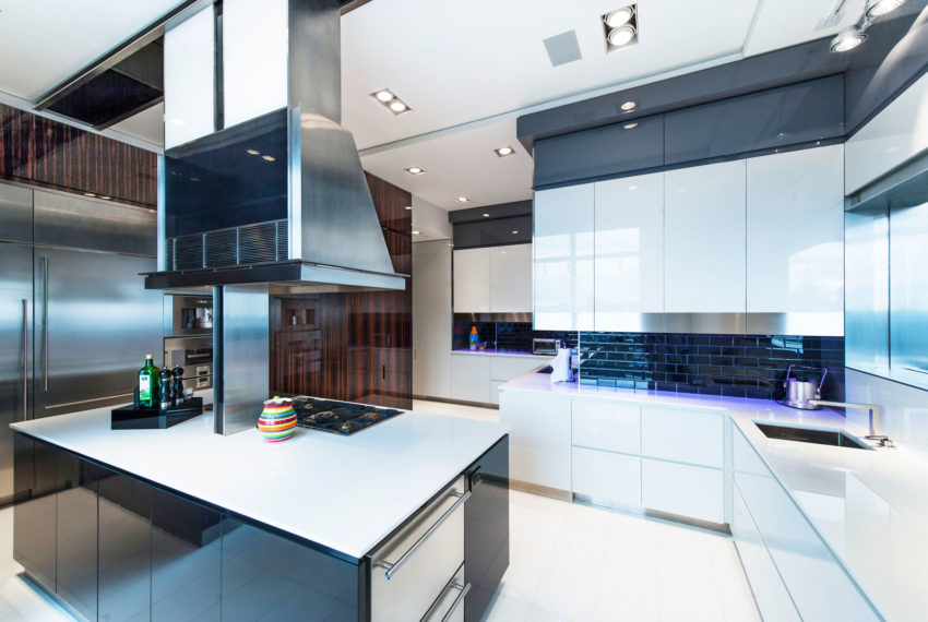 First Avenue Apartment by Mojo Stumer (15)