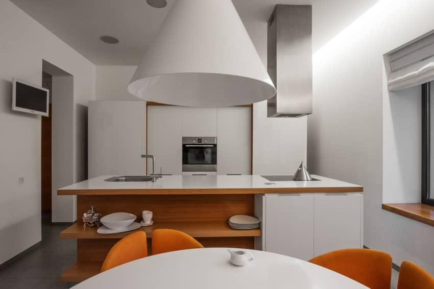 H 01 by Azovskiy & Pahomova architects (15)