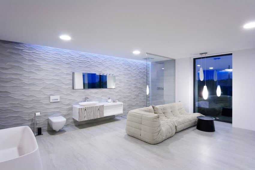 H 01 by Azovskiy & Pahomova architects (23)