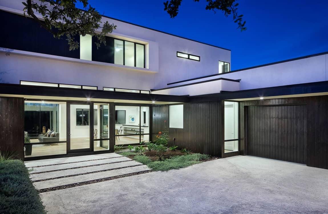 Lakeway Residence by Clark Richardson Architects (19)