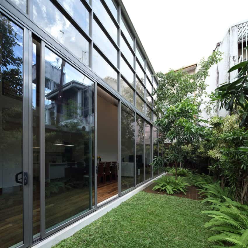 Layered House by KWA Architects (2)