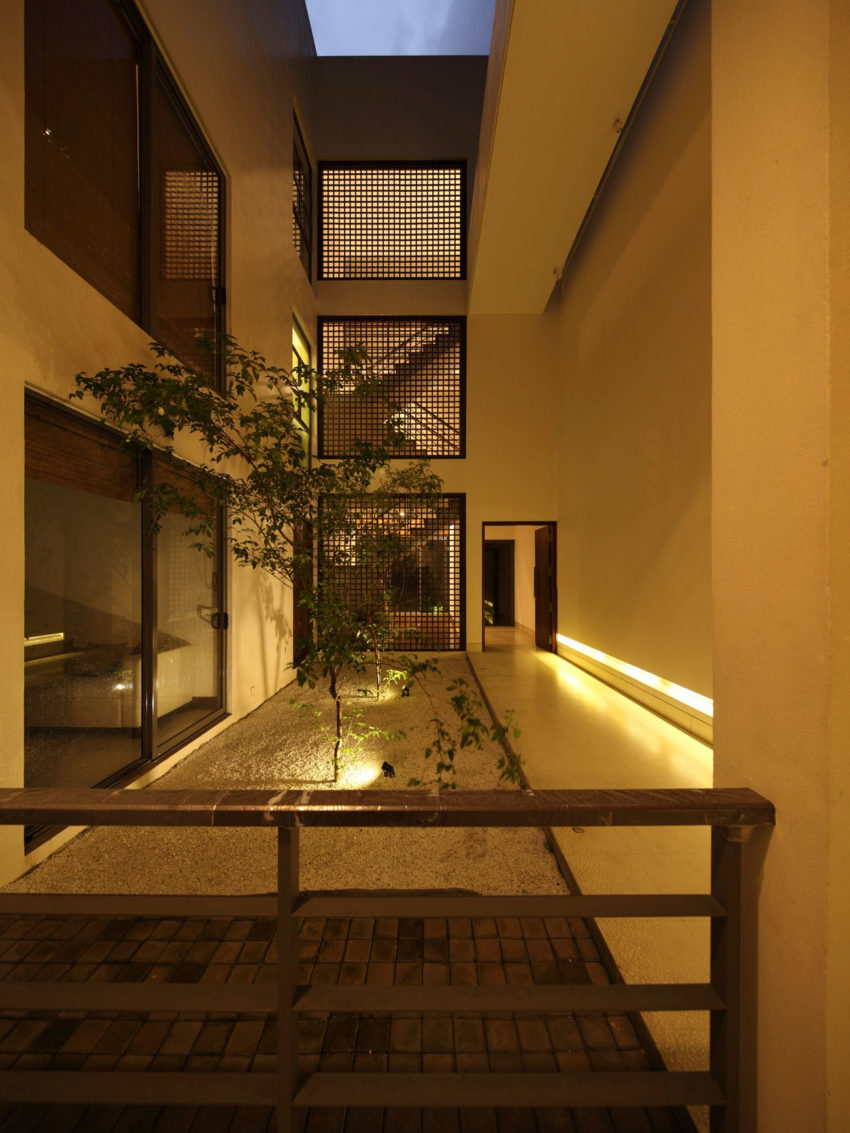 Kwa Architects Design A Contemporary Home In Colombo Sri