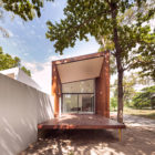 Mae Kao Canal House by EKAR & Full Scale Studio (7)