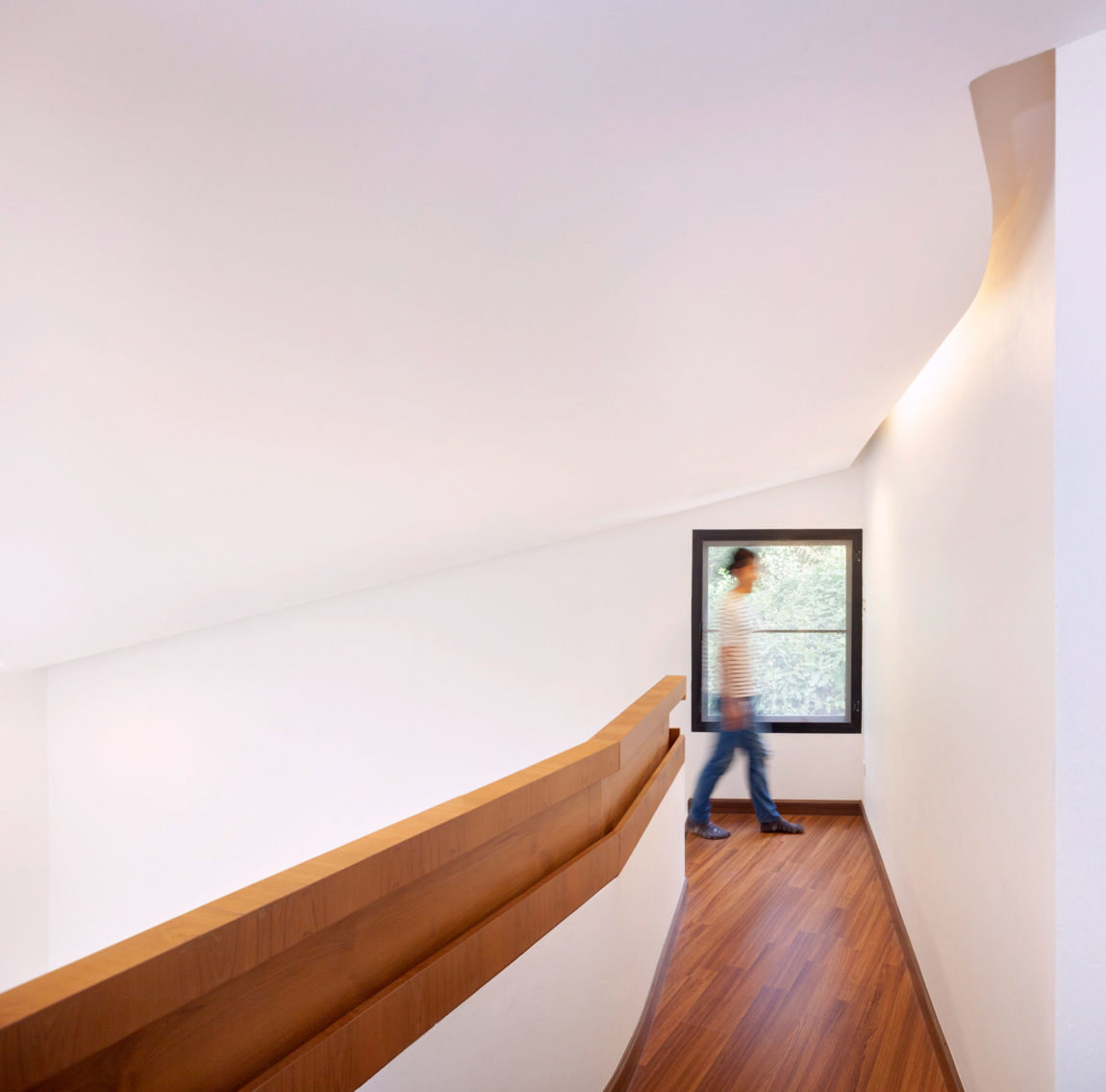 Mae Kao Canal House by EKAR & Full Scale Studio (17)