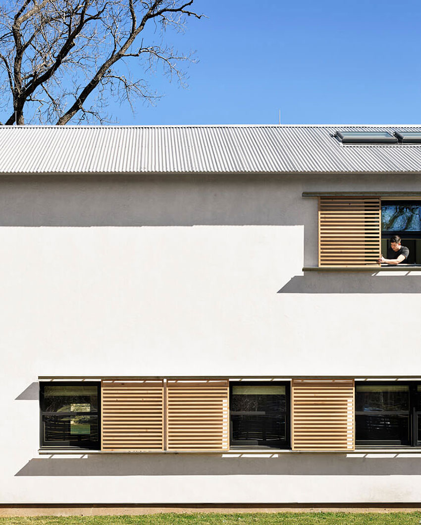 Modern Texas Prefab by Aamodt / Plumb Architects (2)