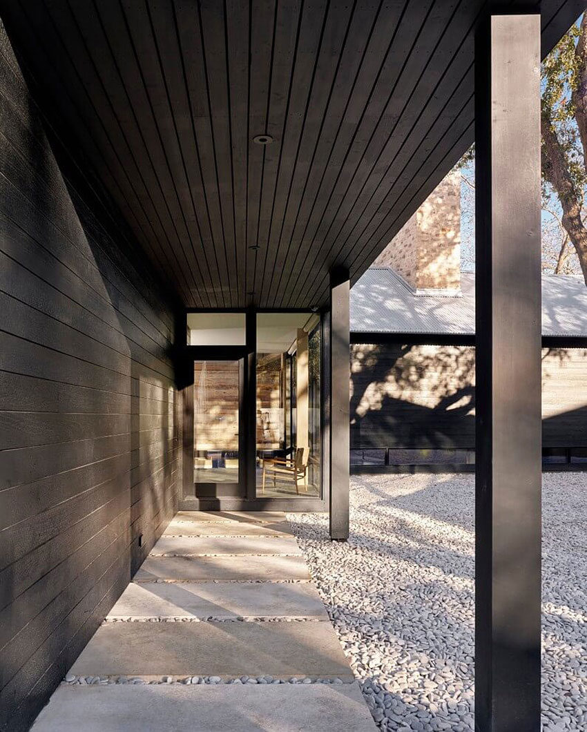 Modern Texas Prefab by Aamodt / Plumb Architects (4)
