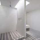 Photographer's Loft by Desai Chia Architecture (8)