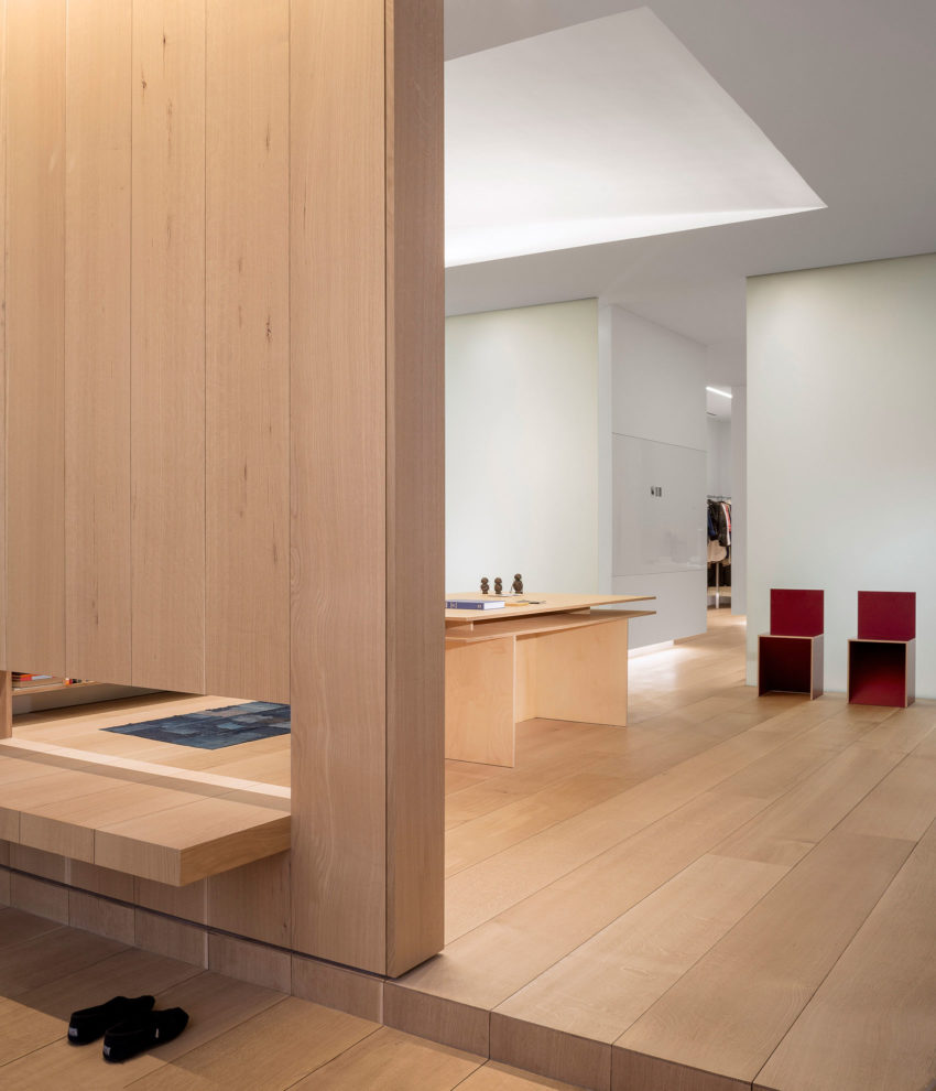 Photographer's Loft by Desai Chia Architecture (10)