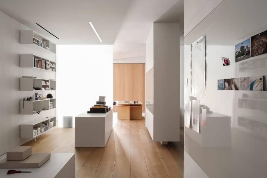 Photographer's Loft by Desai Chia Architecture (12)