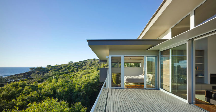 Red Rock Beach House by Bark Design Architects (11)