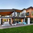 Sandhill Crane by Garrison Hullinger Interior Design (1)