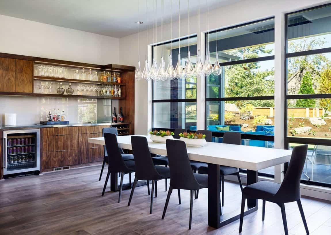 Sandhill Crane by Garrison Hullinger Interior Design (13)