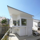 The Corner House in Kitashirakawa by UME Architects (5)
