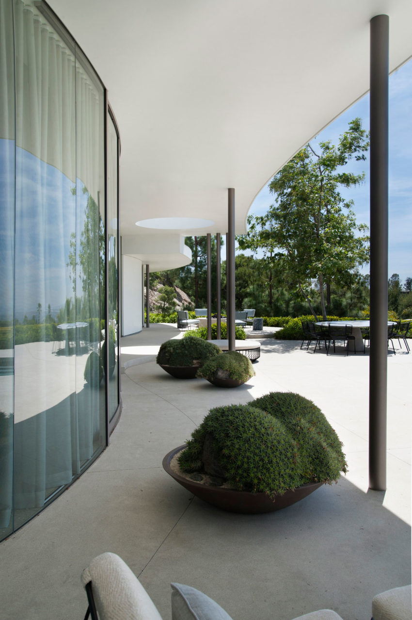 Trousdale Estates by Dennis Gibbens Architects (6)