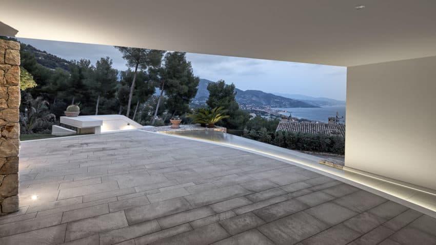 Villa La Madone by A2CM & Ceschia e Mentil Arch (17)