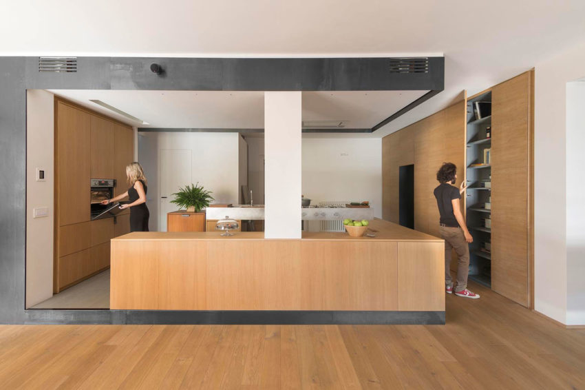 Wood and Iron Apartment by Luca Compri (8)