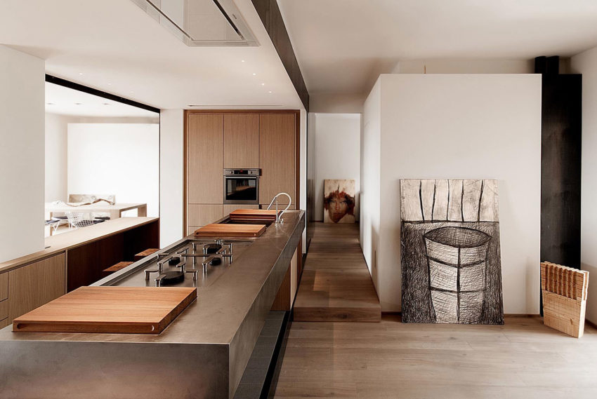 Wood and Iron Apartment by Luca Compri (12)