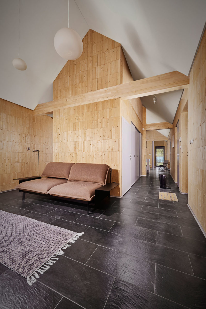 Wooden Brick House by Jaro Krobot (7)