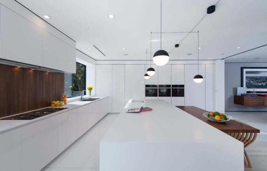 A Home in Los Angeles by Ori Ayonmike (8)