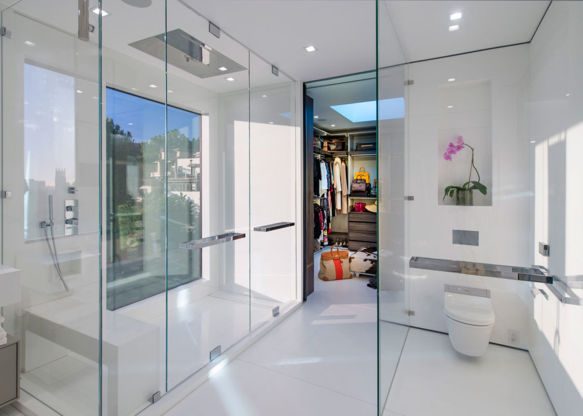 A Home in Los Angeles by Ori Ayonmike (24)