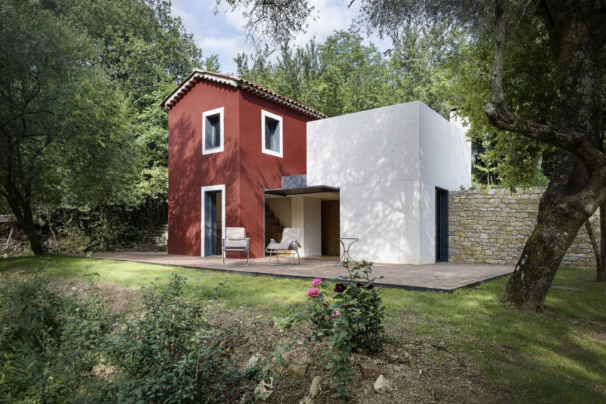 A Rural Home in Sclos de Contes by Cyril Chenebeau Arch (4)