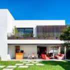 AA House by Pascali Semerdjian Architects (3)