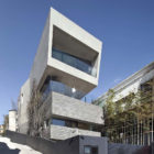 AAWH Residence by Architect-K (4)