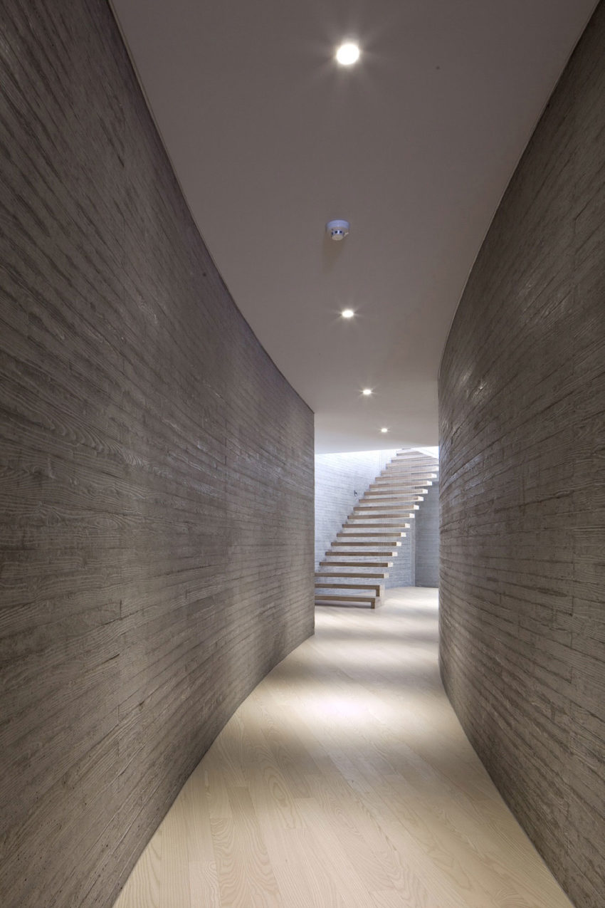 AAWH Residence by Architect-K (19)