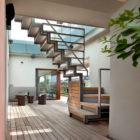 Vertical Home Open to the Sky by Westway Architects (1)